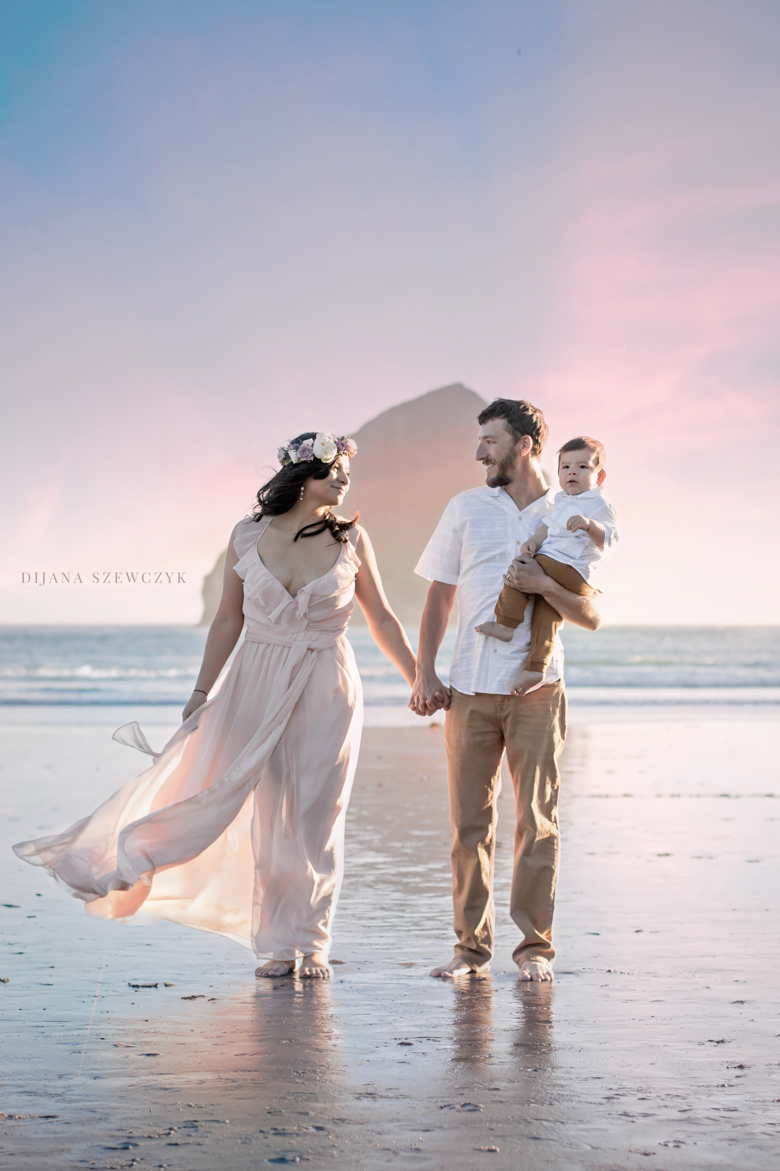 beach family session cape kiwanda