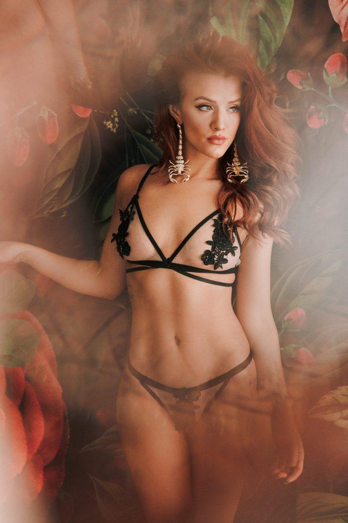 redhead scorpion unique look classy sexy boudoir