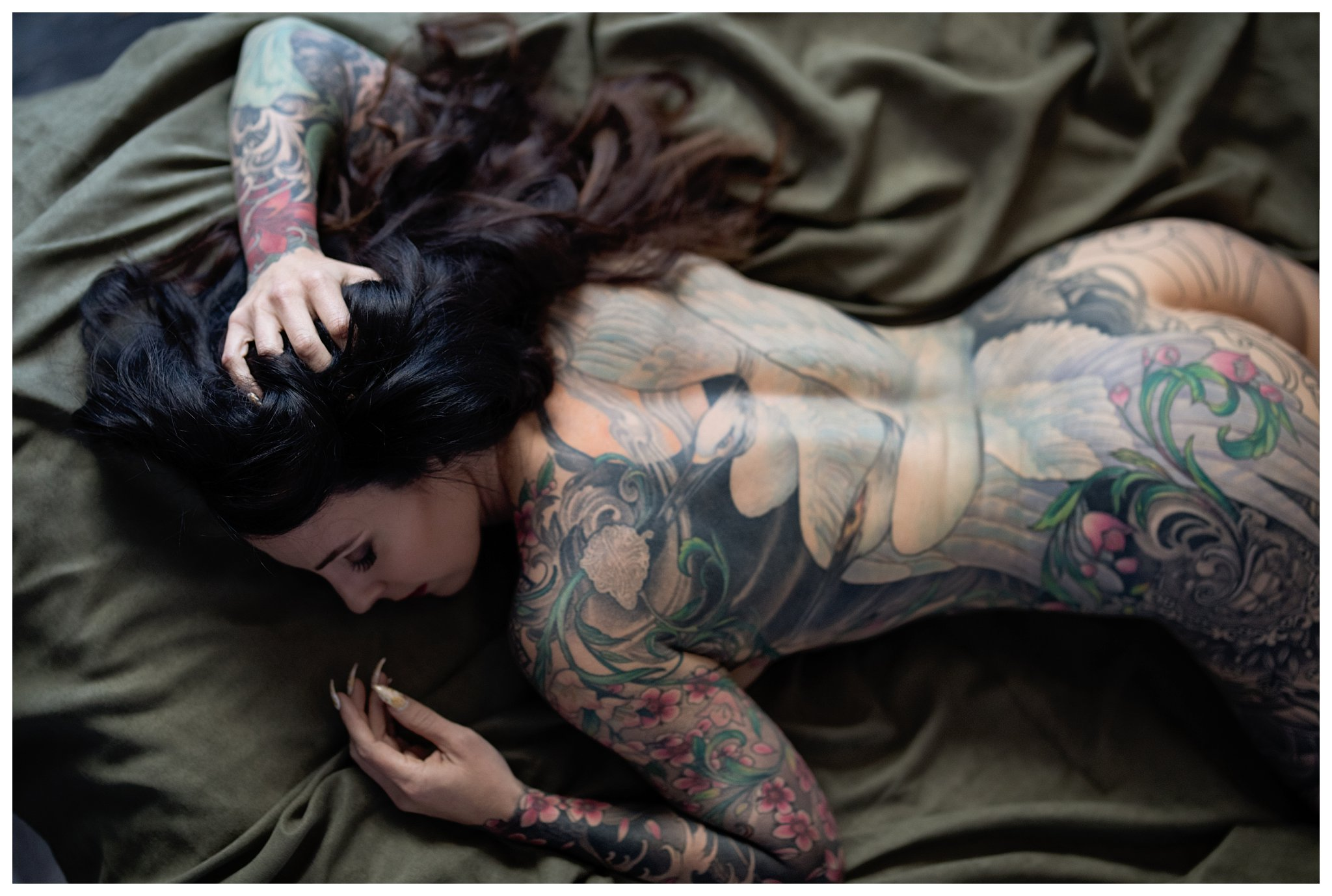 osing for boudoir tattoo back